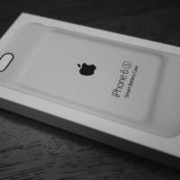 純正なのにダサすぎると評判のiPhone 6s  Smart Battery Caseが良い