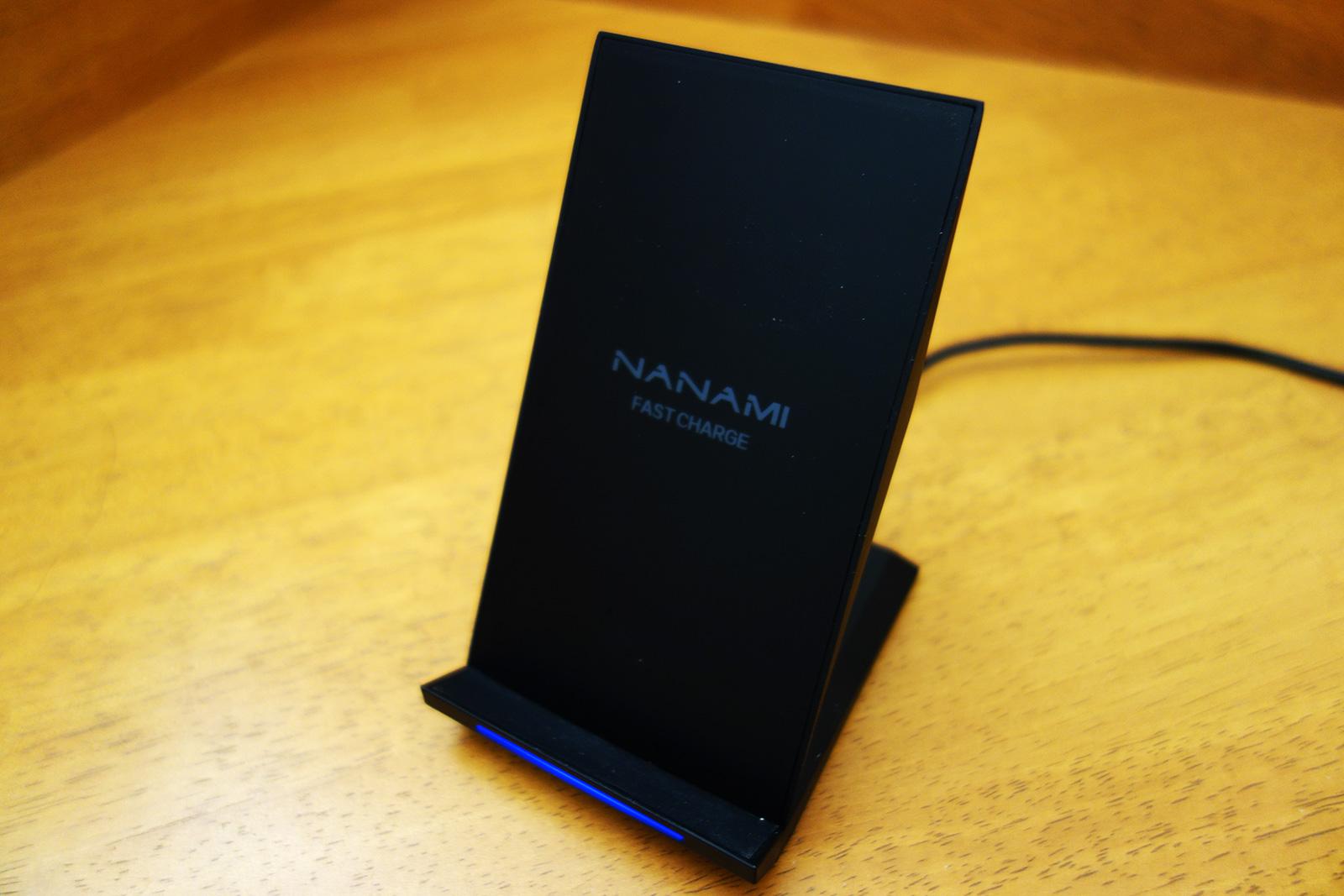 NANAMIワイヤレス充電器